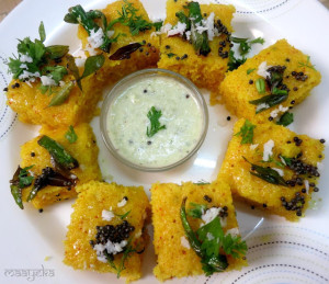 Sooji Dhokla / Savoury Semolina Cakes