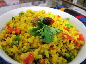 Aloo Poha /Kande Pohe ( Spicy Beaten Rice )