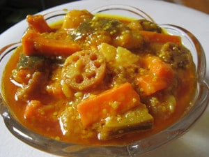 Potato and Mix Vegetable Winter Pickle / Aloo gajar ka Achar