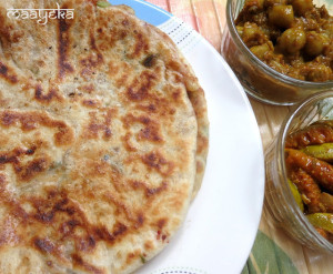 Amritsari kulcha / Potato stuffed Indian Bread
