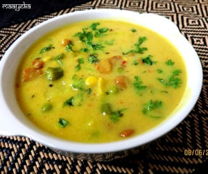 Aloo Matar Mangodi Ki Kadi (Peas and Potato Stew)