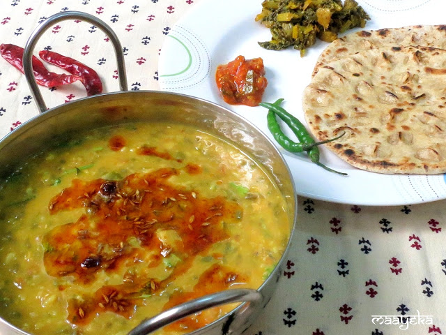 rajasthani mix dal and khooba roti