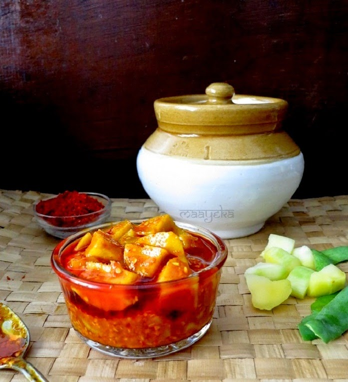 how to make gujarati style mango pickle