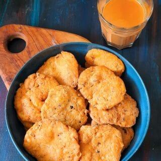 punjabi masala mathri