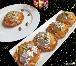 Chandrakala /Stuffed sweet puffs