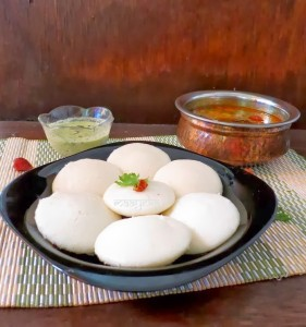 Idli Recipe / How to make soft Idli Recipe