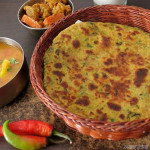 Methi Thepla Recipe, How To Make Methi Thepla