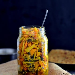 fresh -turmeric-pickle