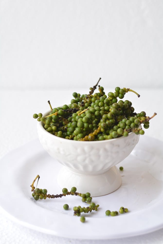 fresh green peppercorns