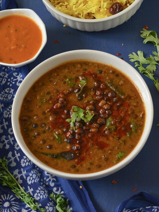 kalal vatana curry