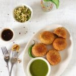 moong ki kachori