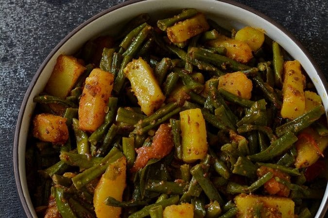 019-barbatti-aloo-long-beans-potato-sabzi-2
