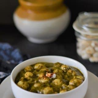 palak aur makhana sabzi