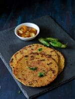 Cabbage Thepla Recipe | How To Make Cabbage Paratha
