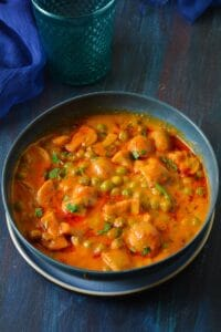 matar mushroom curry